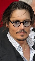 Johnny_Depp_(July_2009)_2_cropped.jpg